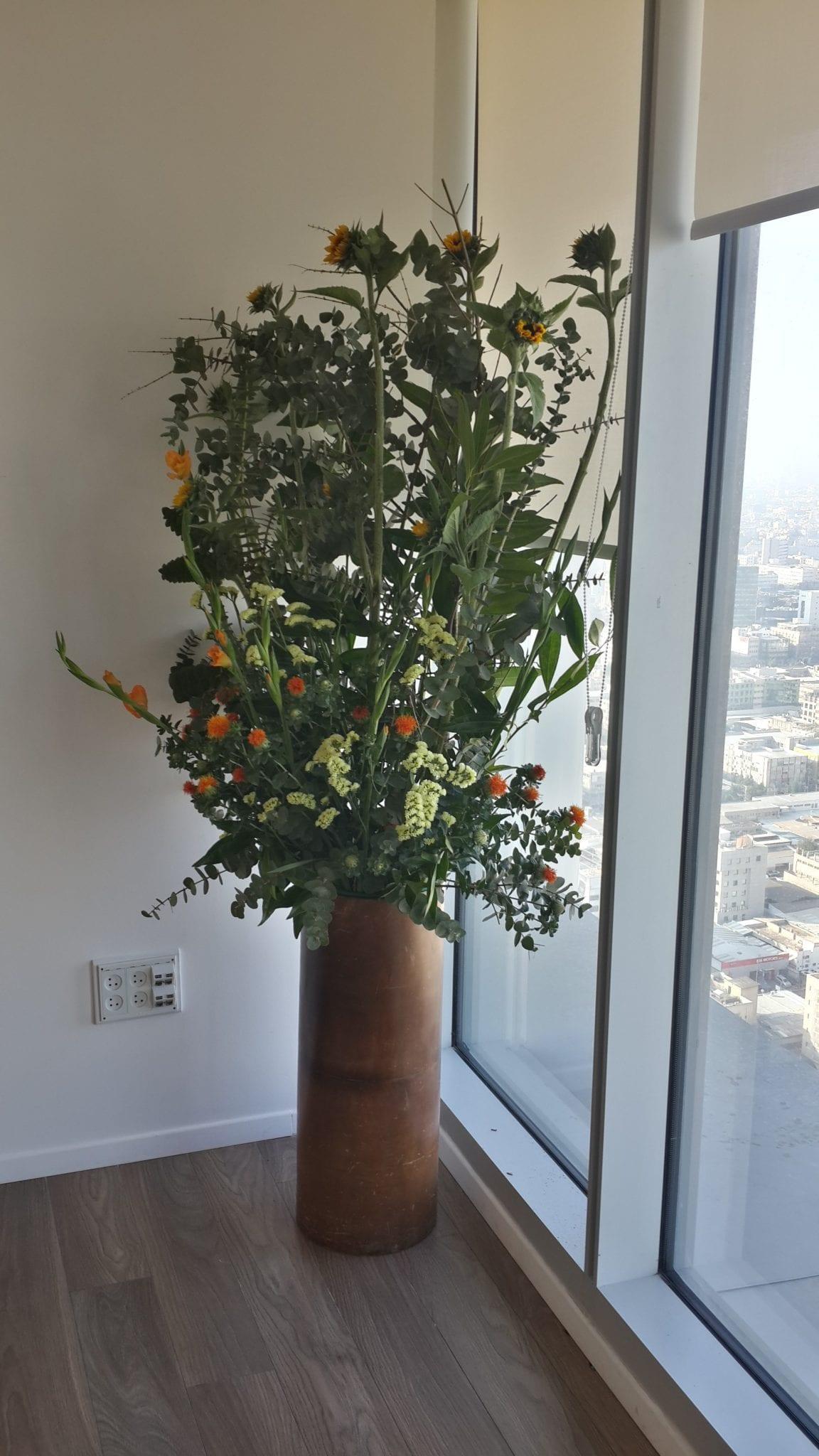 עיצוב בפרחים למשרדים-2